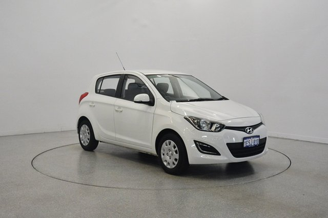 Used Hyundai i20 PB MY15 Active, 2015 Hyundai i20 PB MY15 Active Polar White 4 Speed Automatic Hatchback