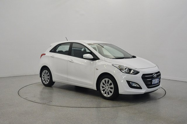 Used Hyundai i30 GD4 Series II MY17 Active, 2017 Hyundai i30 GD4 Series II MY17 Active Polar White 6 Speed Sports Automatic Hatchback