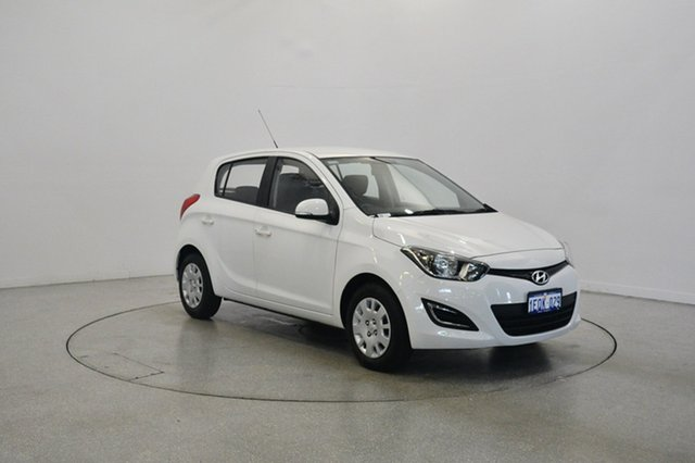 Used Hyundai i20 PB MY14 Active, 2014 Hyundai i20 PB MY14 Active Polar White 6 Speed Manual Hatchback