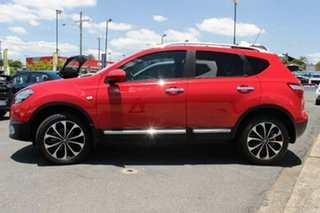 2013 Nissan Dualis J10W Series 4 MY13 Ti-L Hatch X-tronic 2WD Red 6 Speed Constant Variable.