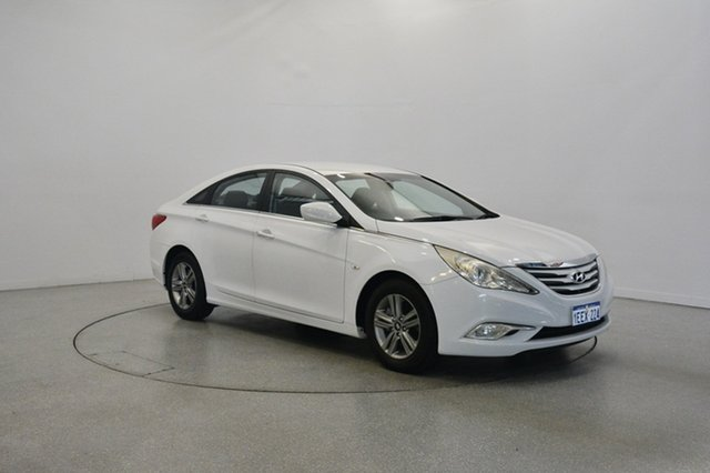 Used Hyundai i45 YF MY11 Active, 2012 Hyundai i45 YF MY11 Active Noble White 6 Speed Sports Automatic Sedan