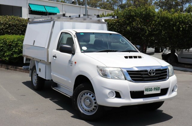 Used Toyota Hilux KUN26R MY14 SR, 2013 Toyota Hilux KUN26R MY14 SR White 5 Speed Manual Cab Chassis