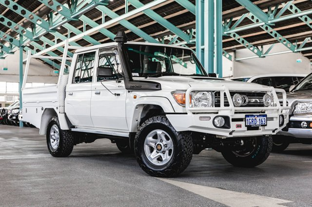 Used Toyota Landcruiser VDJ79R MY13 GXL Double Cab, 2014 Toyota Landcruiser VDJ79R MY13 GXL Double Cab White 5 Speed Manual Cab Chassis
