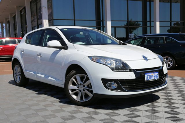 Used Renault Megane III B32 MY12 Privilege EDC, 2012 Renault Megane III B32 MY12 Privilege EDC White 6 Speed Sports Automatic Dual Clutch Hatchback