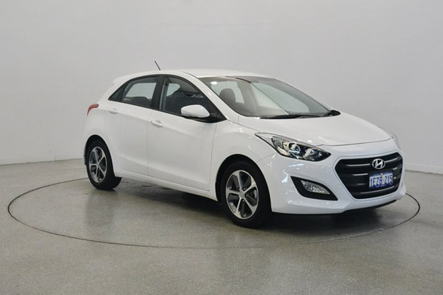 Used Hyundai i30 GD4 Series II MY16 Active X, 2015 Hyundai i30 GD4 Series II MY16 Active X Polar White 6 Speed Sports Automatic Hatchback