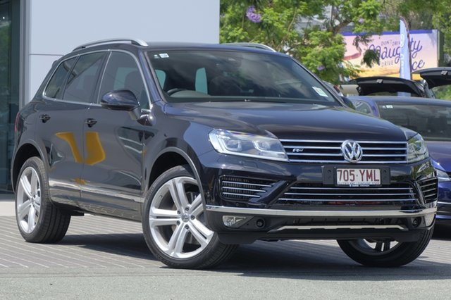 Demo Volkswagen Touareg 7P MY18 V8 TDI Tiptronic 4MOTION R-Line, 2017 Volkswagen Touareg 7P MY18 V8 TDI Tiptronic 4MOTION R-Line Deep Black Pearl Effect 8 Speed