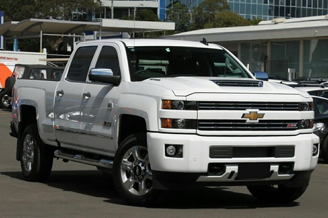 New Chevrolet Silverado C/K25 2500HD Pickup Crew Cab LTZ Custom Sport Edition, 2018 Chevrolet Silverado C/K25 2500HD Pickup Crew Cab LTZ Custom Sport Edition Summit White 6 Speed