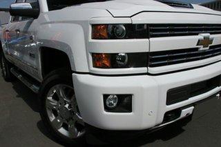 2019 Chevrolet Silverado C/K25 2500HD Pickup Crew Cab LTZ Custom Sport Edition Summit White 6 Speed.