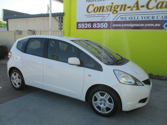 Used Honda Jazz GE MY09 GLi, 2008 Honda Jazz GE MY09 GLi White 5 Speed Automatic Hatchback