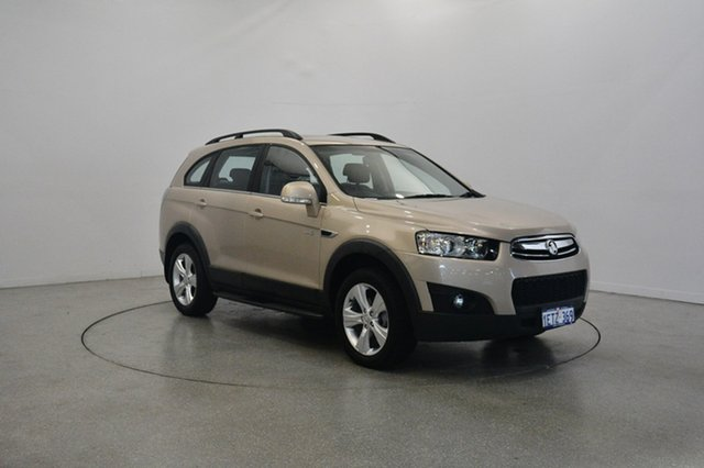 Used Holden Captiva CG MY14 7 AWD LT, 2014 Holden Captiva CG MY14 7 AWD LT Gold 6 Speed Sports Automatic Wagon