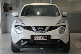 2018 Nissan Juke F15 Series 2 ST 2WD Ivory Pearl 6 Speed Manual Hatchback.