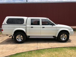 2005 Mitsubishi Triton MK MY05.5 GLX-R Double Cab White 5 Speed Manual Utility.