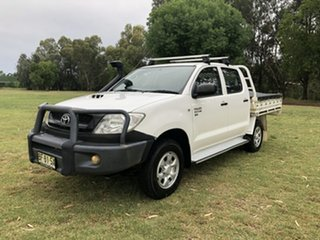 2010 Toyota Hilux KUN26R 09 Upgrade SR (4x4) White 5 Speed Manual Dual Cab Chassis.