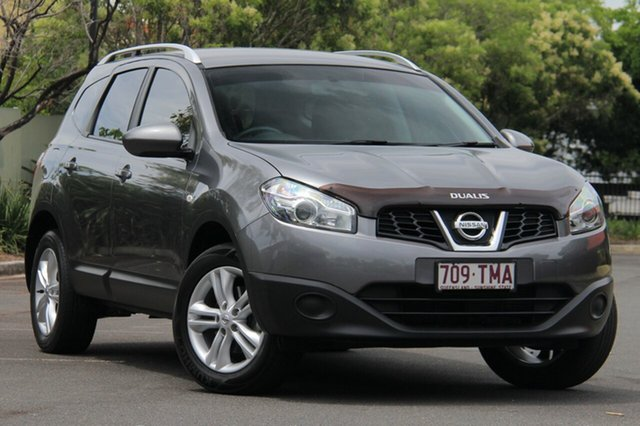 Used Nissan Dualis J107 Series 4 MY13 +2 Hatch X-tronic 2WD ST, 2013 Nissan Dualis J107 Series 4 MY13 +2 Hatch X-tronic 2WD ST Grey 6 Speed Constant Variable