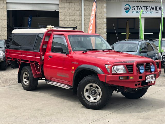 Used Nissan Patrol GU ST, 2000 Nissan Patrol GU ST Red 5 Speed Manual Cab Chassis