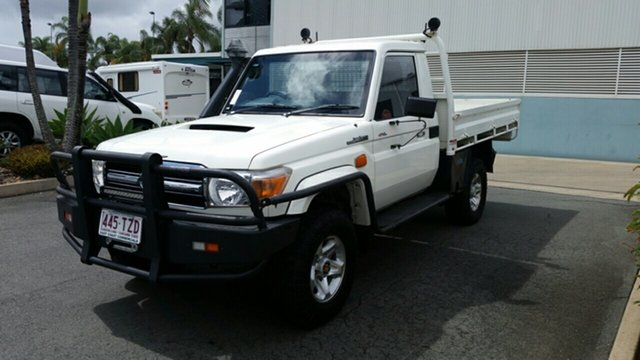 Used Toyota Landcruiser VDJ79R GXL, 2014 Toyota Landcruiser VDJ79R GXL French Vanilla 5 Speed Manual Cab Chassis