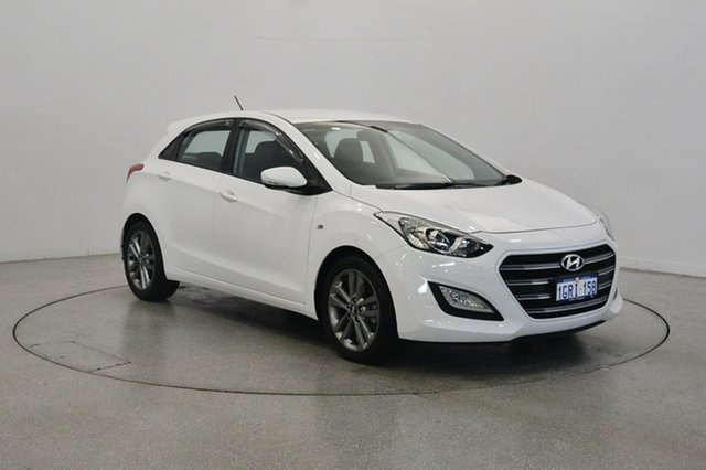 Used Hyundai i30 GD4 Series II MY17 SR, 2016 Hyundai i30 GD4 Series II MY17 SR Polar White 6 Speed Sports Automatic Hatchback