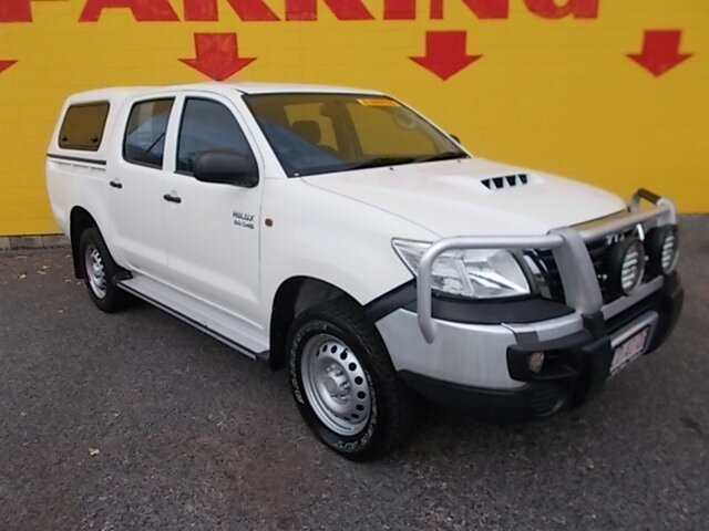 Used Toyota Hilux KUN26R MY14 SR Double Cab, 2014 Toyota Hilux KUN26R MY14 SR Double Cab White 5 Speed Manual Utility