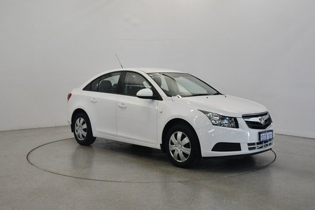 Used Holden Cruze JG CD, 2010 Holden Cruze JG CD White 5 Speed Manual Sedan