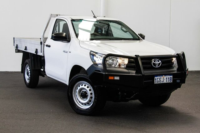 Used Toyota Hilux GUN125R Workmate, 2015 Toyota Hilux GUN125R Workmate Glacier White 6 Speed Manual Cab Chassis