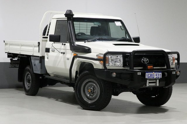 Used Toyota Landcruiser VDJ79R MY12 Update Workmate (4x4), 2014 Toyota Landcruiser VDJ79R MY12 Update Workmate (4x4) White 5 Speed Manual Cab Chassis