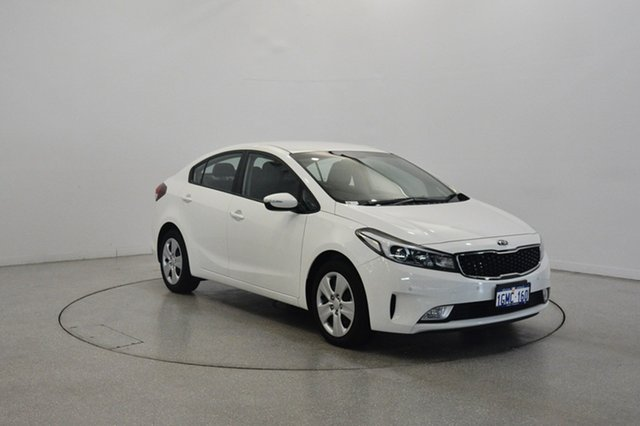 Used Kia Cerato YD MY18 S, 2018 Kia Cerato YD MY18 S Clear White 6 Speed Sports Automatic Hatchback