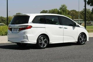 2015 Honda Odyssey RC MY15 VTi-L White Continuous Variable Wagon.