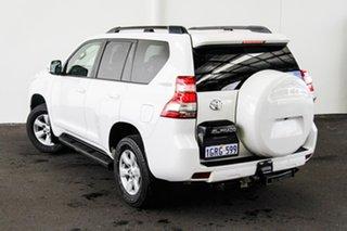 2013 Toyota Landcruiser Prado KDJ150R MY14 GXL Glacier White 6 Speed Manual Wagon.