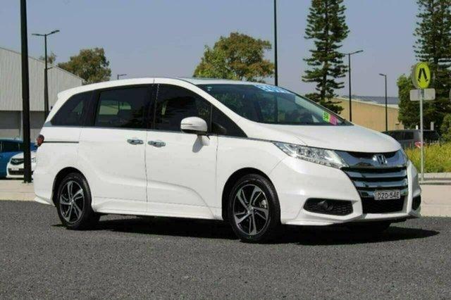 Used Honda Odyssey RC MY15 VTi-L, 2015 Honda Odyssey RC MY15 VTi-L White Continuous Variable Wagon