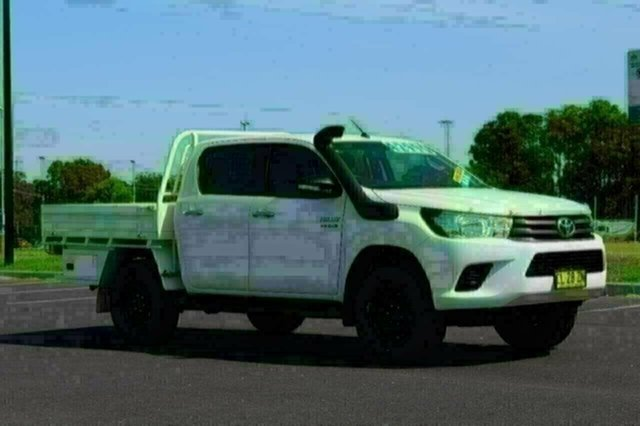 Used Toyota Hilux GUN126R SR Double Cab, 2017 Toyota Hilux GUN126R SR Double Cab White Sports Automatic CAB CHASSIS - DUAL CAB