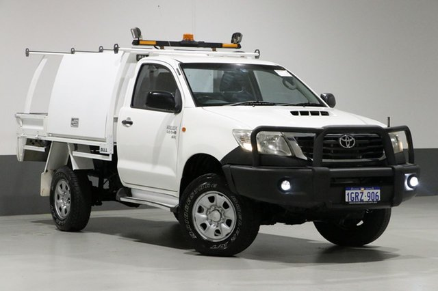Used Toyota Hilux KUN26R MY12 SR (4x4), 2011 Toyota Hilux KUN26R MY12 SR (4x4) White 5 Speed Manual Cab Chassis