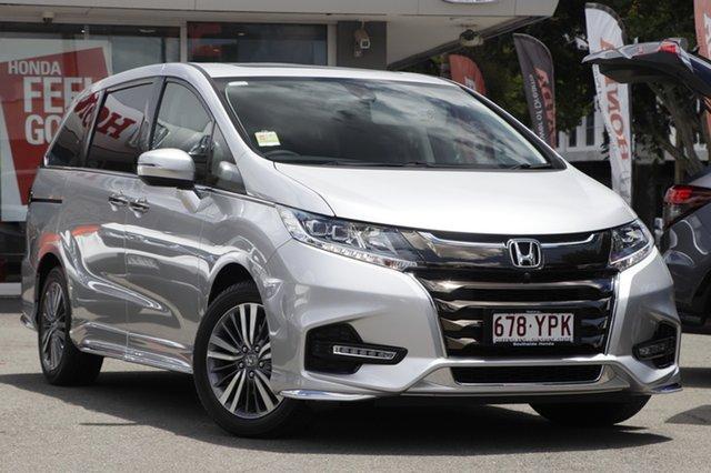 Demo Honda Odyssey RC MY19 VTi-L, 2018 Honda Odyssey RC MY19 VTi-L Super Platinum 7 Speed Constant Variable Wagon