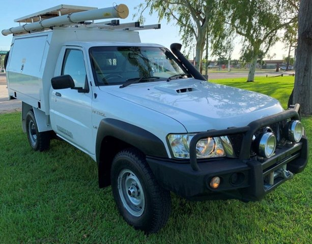 Used Nissan Patrol  DX, 2013 Nissan Patrol Y61 GU 6 SII MY DX White 5 Speed Manual Cab Chassis
