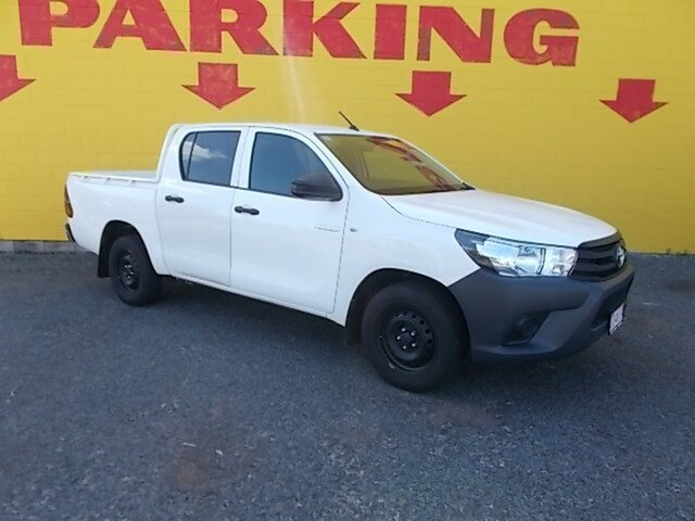 Used Toyota Hilux GUN122R Workmate Double Cab 4x2, 2016 Toyota Hilux GUN122R Workmate Double Cab 4x2 White 5 Speed Manual Utility