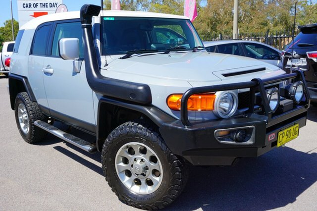 Used Toyota FJ Cruiser GSJ15R , 2013 Toyota FJ Cruiser GSJ15R White 5 Speed Automatic Wagon