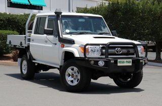 2016 Toyota Landcruiser VDJ79R GXL Double Cab White 5 Speed Manual Cab Chassis.