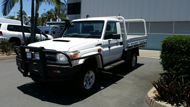Used Toyota Landcruiser VDJ79R MY13 GXL, 2013 Toyota Landcruiser VDJ79R MY13 GXL French Vanilla 5 Speed Manual Cab Chassis