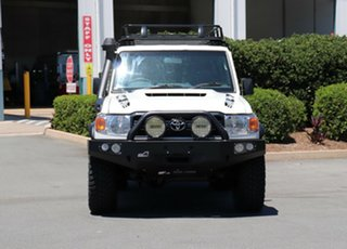 2018 Toyota Landcruiser VDJ76R Workmate White 5 Speed Manual Wagon.