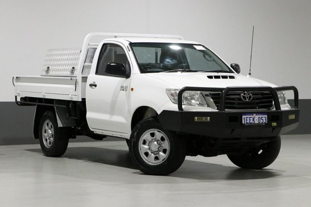 Used Toyota Hilux KUN26R MY12 SR (4x4), 2013 Toyota Hilux KUN26R MY12 SR (4x4) White 4 Speed Automatic Cab Chassis