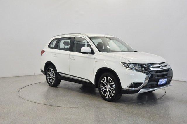 Used Mitsubishi Outlander ZL MY18.5 ES 2WD, 2018 Mitsubishi Outlander ZL MY18.5 ES 2WD White 6 Speed Constant Variable Wagon