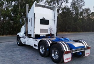 2004 Kenworth T604 (6x4) White Cab Chassis 14.0l 6x4