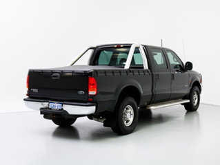 2005 Ford F250 RN XLT (4x4) Black 4 Speed Automatic Crew Cab Pickup