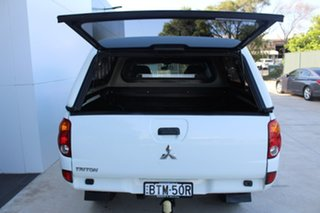 2009 Mitsubishi Triton ML MY09 GLX Double Cab 4x2 White 5 Speed Manual Utility