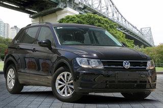 2017 Volkswagen Tiguan 5N MY17 110TSI DSG 2WD Trendline Black 6 Speed Sports Automatic Dual Clutch.
