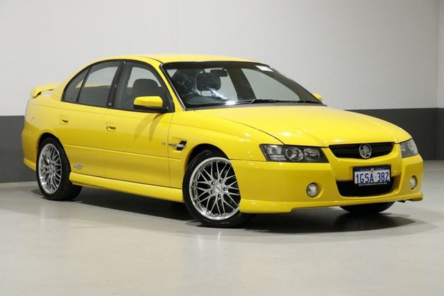 Used Holden Commodore VZ SS, 2005 Holden Commodore VZ SS Yellow 4 Speed Automatic Sedan