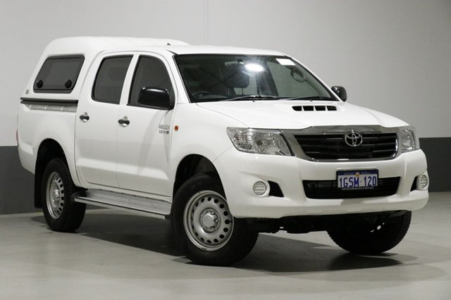 Used Toyota Hilux KUN26R MY14 SR (4x4), 2015 Toyota Hilux KUN26R MY14 SR (4x4) White 5 Speed Manual Dual Cab Pick-up