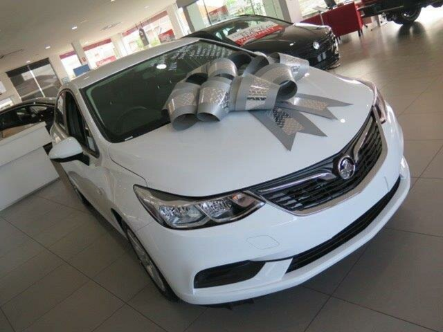 Demo Holden Astra BL MY18 LT, 2018 Holden Astra BL MY18 LT Summit White 6 Speed Sports Automatic Sedan