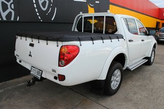 2014 Mitsubishi Triton MN MY15 GLX Double Cab Solid White 5 Speed Manual Utility.