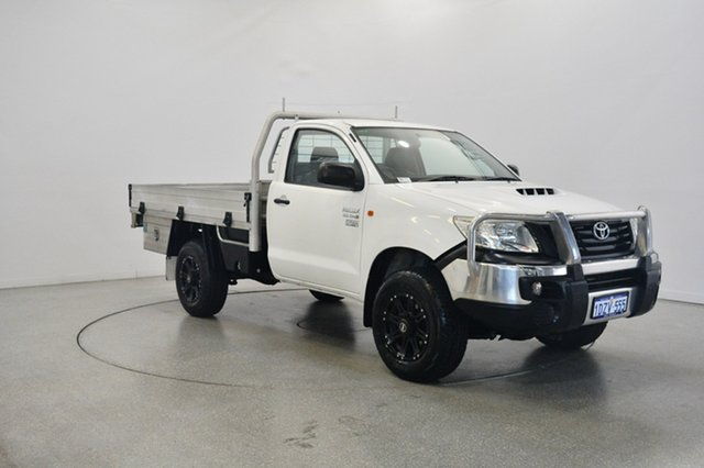 Used Toyota Hilux KUN26R MY12 Workmate, 2012 Toyota Hilux KUN26R MY12 Workmate White 5 Speed Manual Cab Chassis