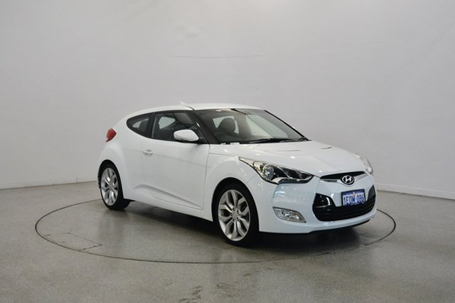 Used Hyundai Veloster FS2 Coupe, 2014 Hyundai Veloster FS2 Coupe White 6 Speed Manual Hatchback